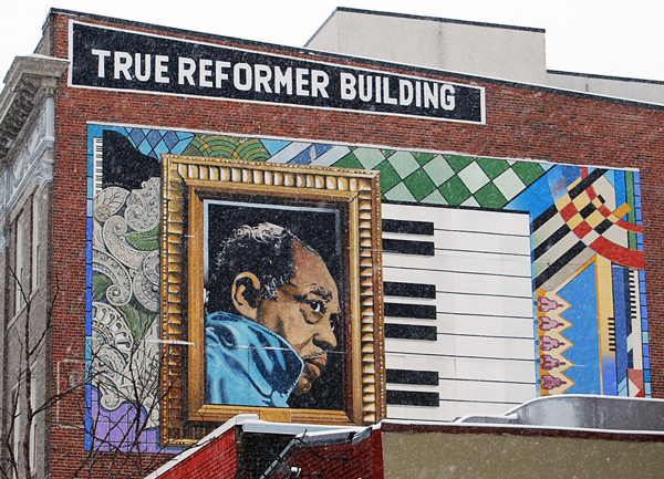 Duke Ellington mural near former Minnehaha Theatre